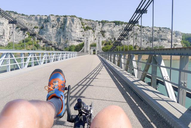 De Paris à Narbonne en vélo, pont de Donzère