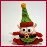 Mini elfo amigurumi
