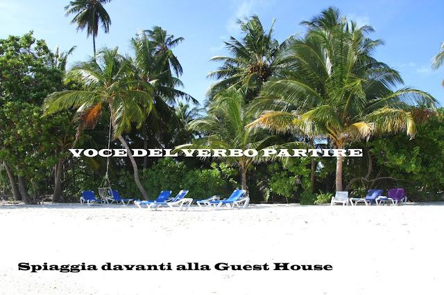 MALDIVE IN GUESTHOUSE: SPIAGGIA PRIVATA