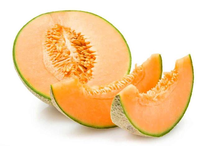 7 Manfaat Buah Melon untuk Kesehatan Tubuh