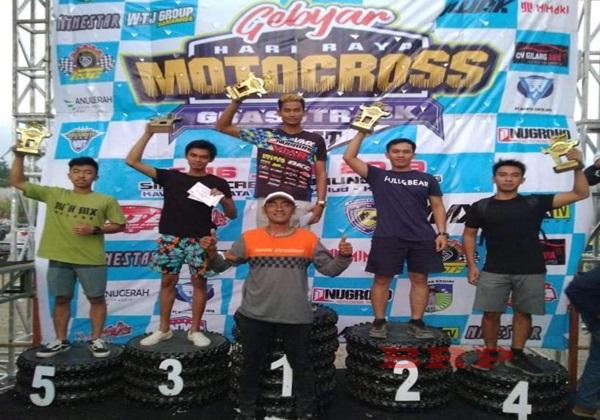Wow..Pembalap Kelahiran Bartim Raih Juara Dua Diajang Motorcross Kota Kediri
