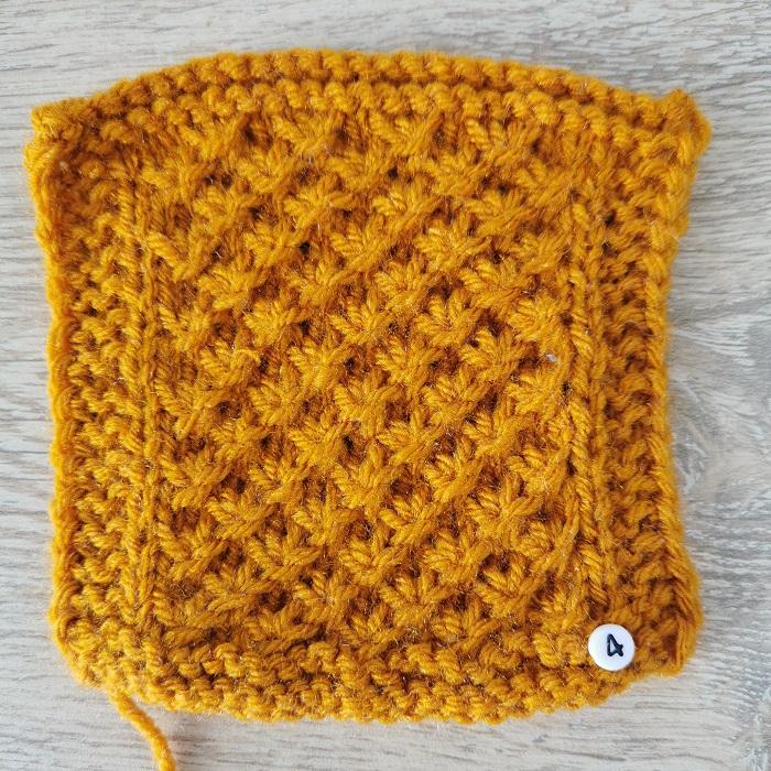 Point d'étoile au tricot, vue de face, par Chat Tricote Par Ici, Hello c'est Marine