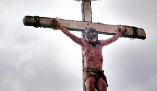 Penderitaan Yang Dirasakan Yesus Selama Digantung Di Kayu Salib