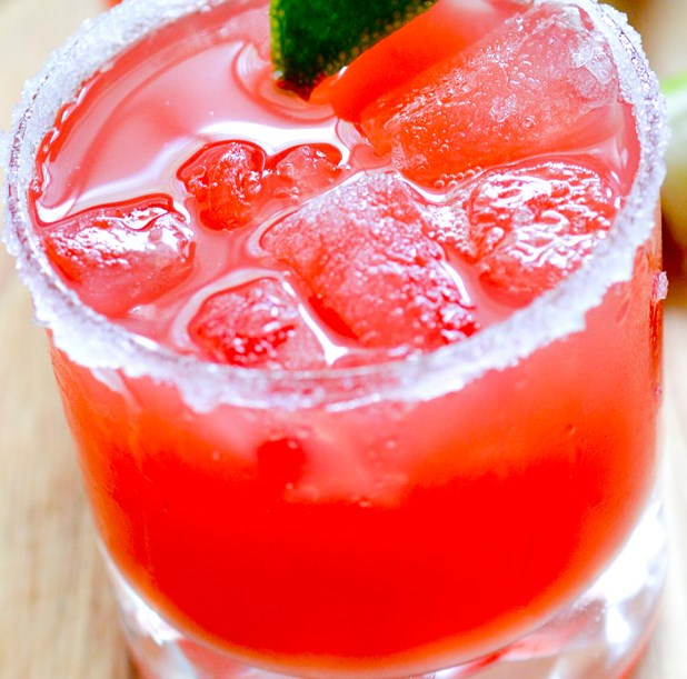 2 POINT WATERMELON MARGARITAS #drinks #birthday