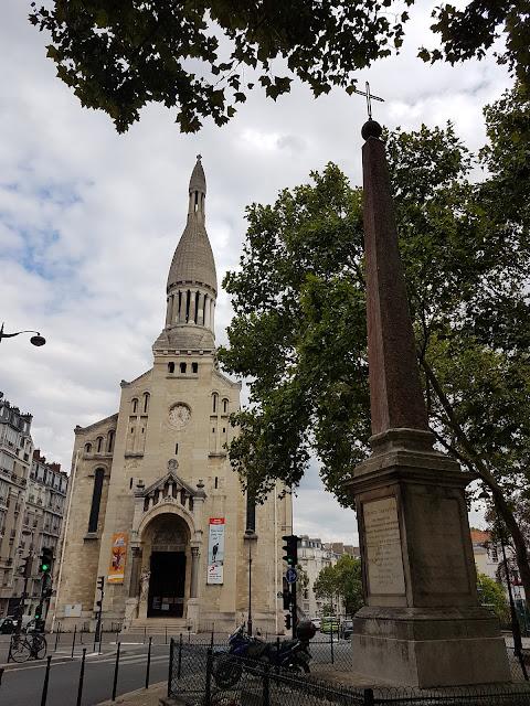 Église d'Auteuil et Mémorial d'Aguesseau