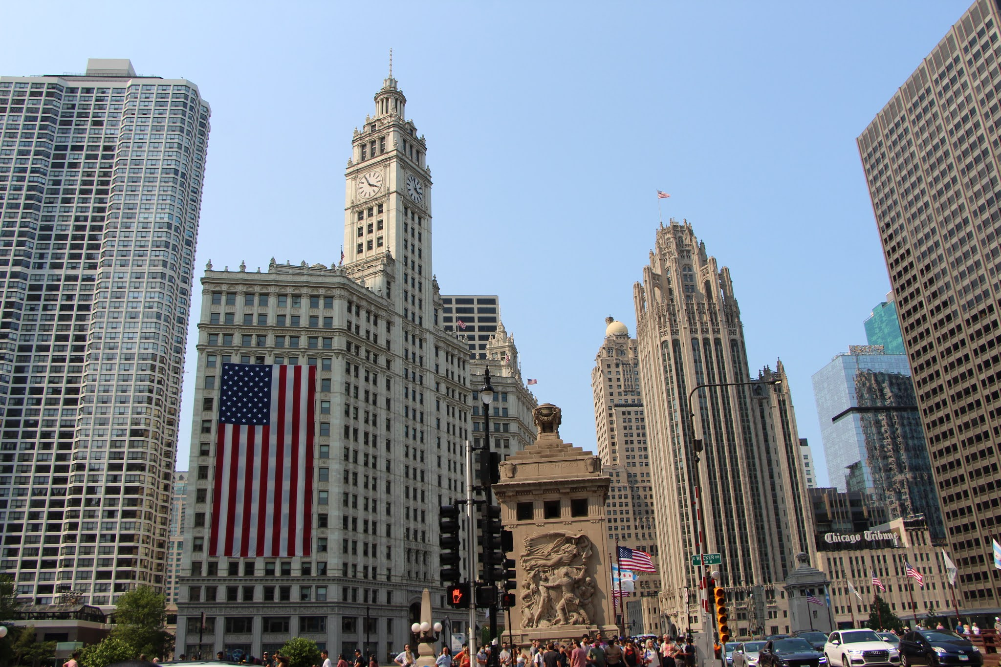 chicago, illinois, the loop, travel guide, architecture tour