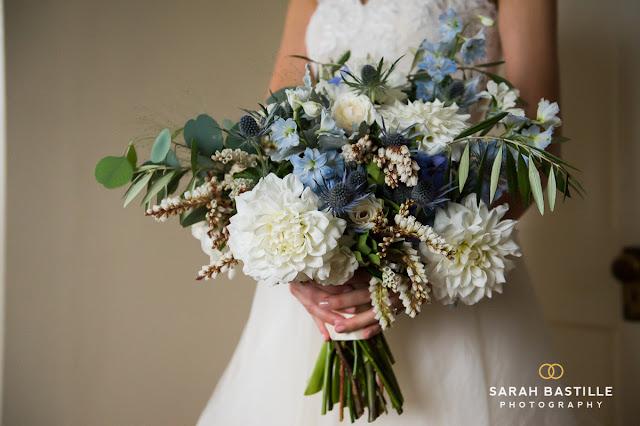 White Wedding Flowers In September : Fruitlands museum white blue wedding les fleurs
