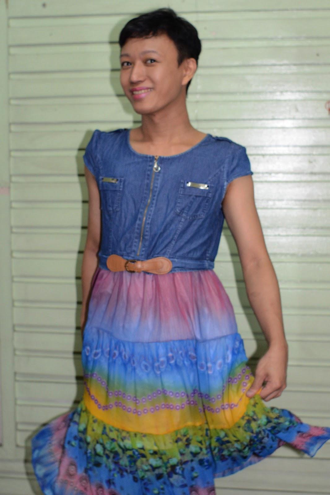 Playing Dressed Up Girl Again, Feeling Mudel