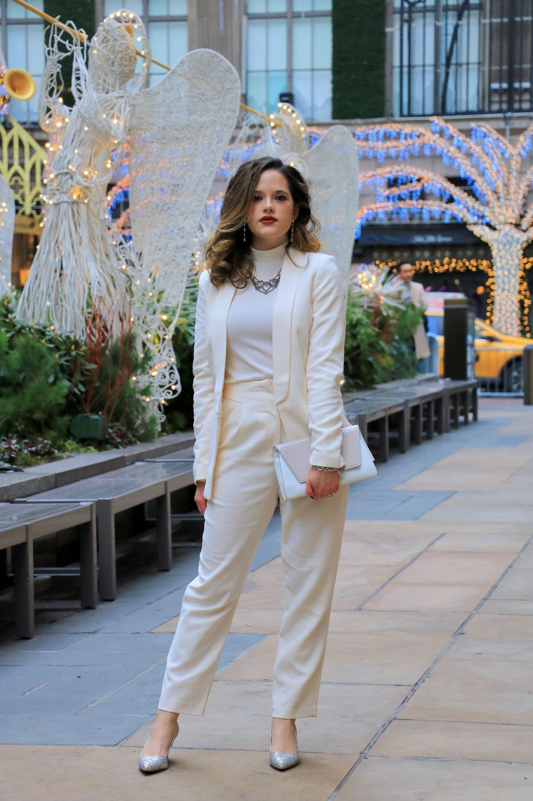 Nyc fashion blogger Kathleen Harper wearing a white monochrome outfit for the holidays.