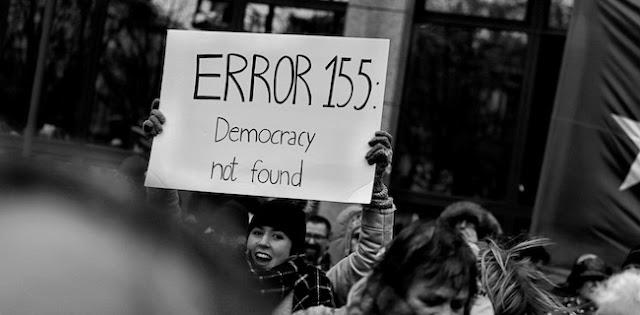 Resesi Demokrasi Global