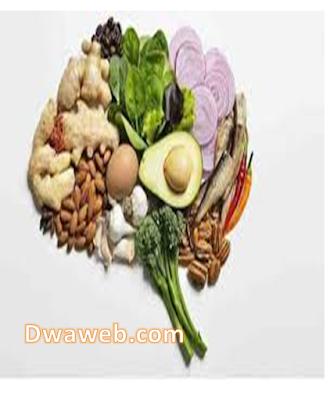 أطعمة تساعد على الحفاظ على الذاكرة وزيادة التركيز.