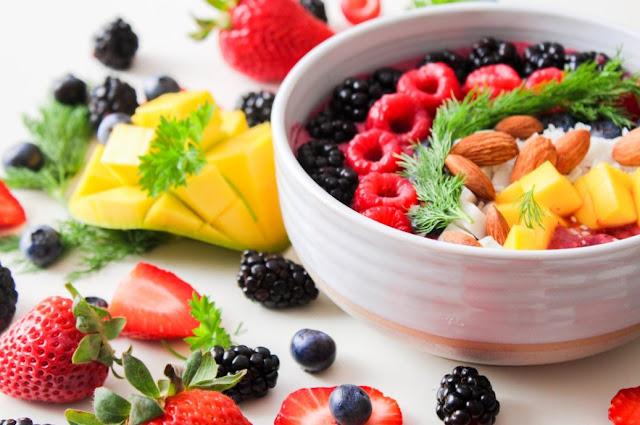Makan Berbagai Macam Makanan Untuk Diet Sehat