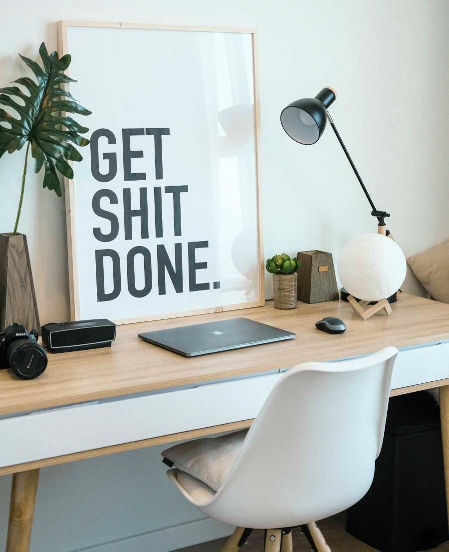 desk-paragogikotita