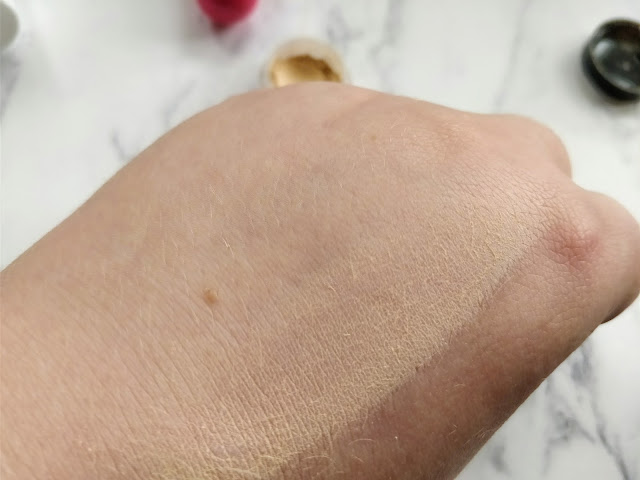 Cougar Mineral Eyeshadow Sample Swatch