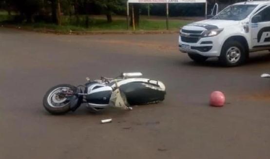 Accidente sobre Av. Quranta entre un colectivo y una Moto