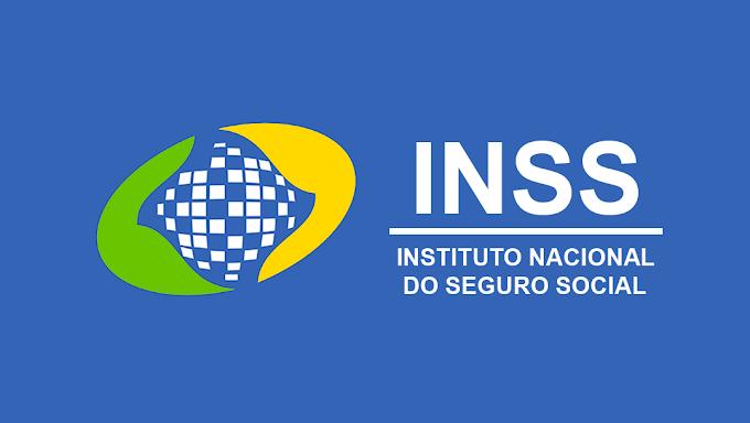 Bolsonaro assina MP que aumenta a margem do empréstimo consignado em 5%