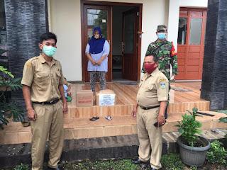Dampingi Penyaluran Paket Sembako Untuk Warga Yang Melakukan Isolasi Mandiri