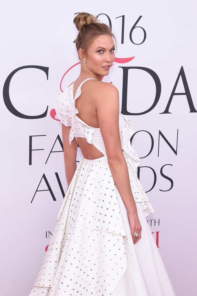 Karlie, Doutzen & All of the Model Arrivals at 2016 CFDA Fashion Awards