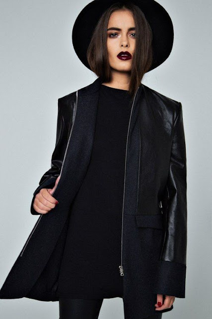 winter style inspo dark lip