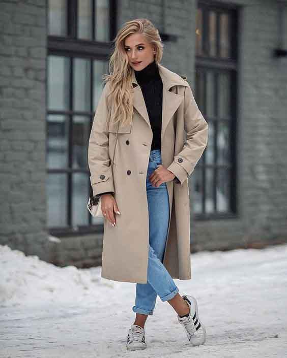 Trench coat feminino e blusa de tricot