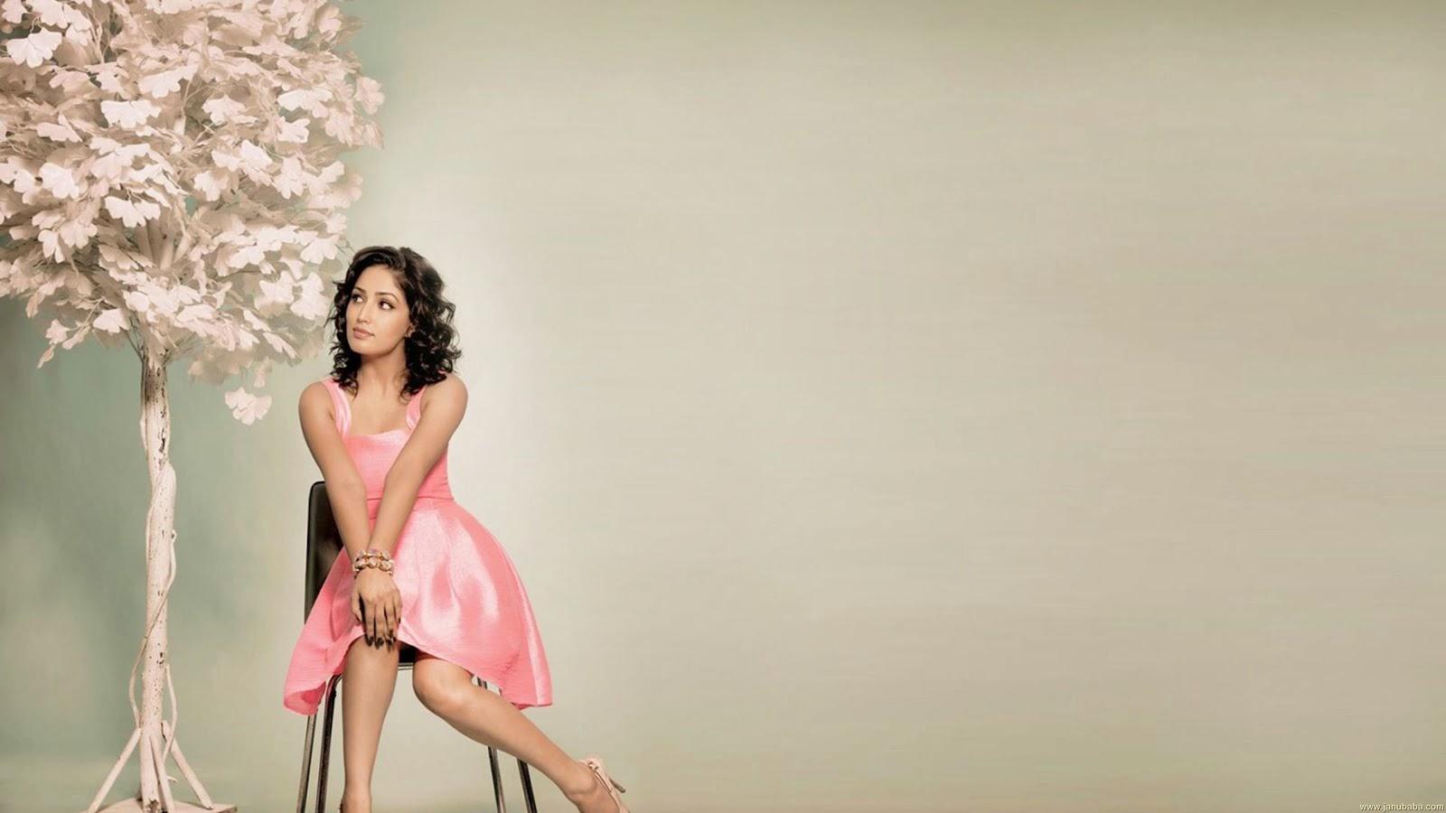 Actress Yami Gautam Wallpapers - Part 1