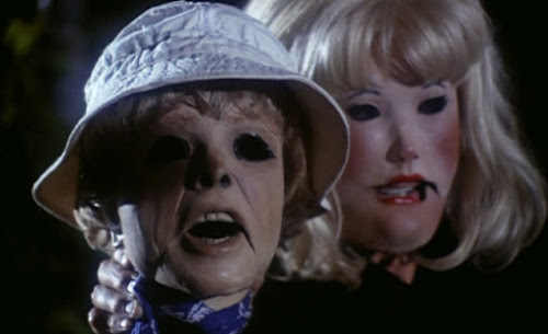 The terrifying chase through the woods, Tourist Trap (1979)