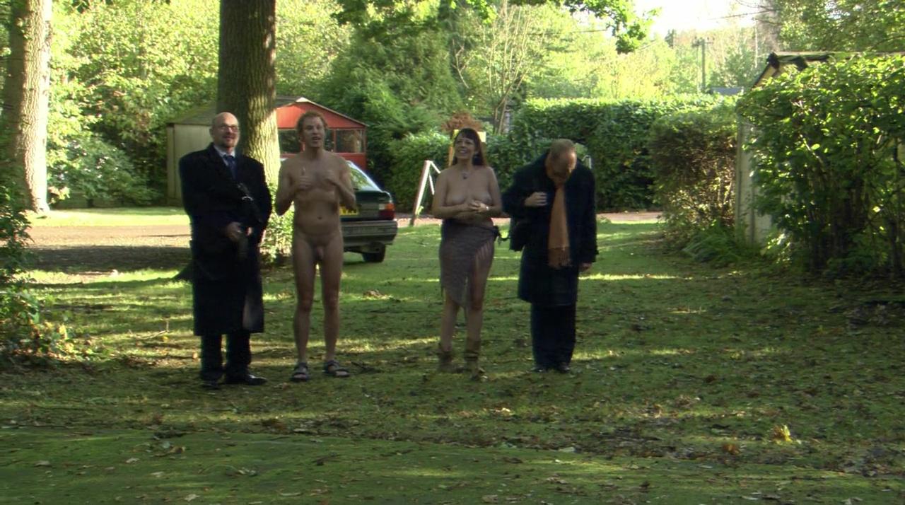 Olivia Colman Nude Tits In Confetti