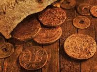 7 Benda Aneh Ini Ditemukan di Halaman Rumah, dari Tumpukan Emas Hingga Fosil Langka