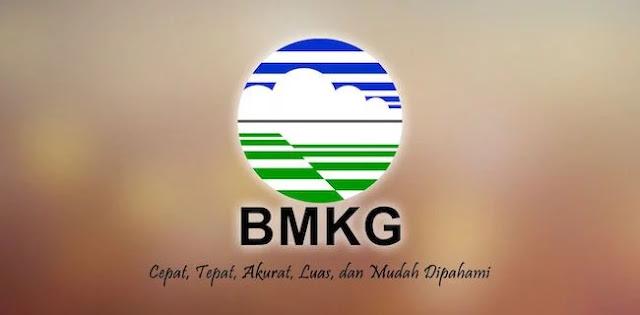 Prediksi BMKG, Hujan Disertai Petir Guyur Jakarta Selatan Siang Ini