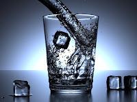 Manfaat Air Es untuk Menurunkan Berat Badan
