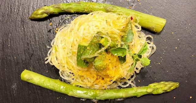 Spaghetti asparagi e bottarga