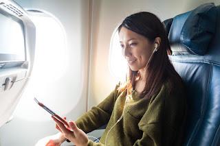 Dicas para viajar de avião com conforto mesmo na classe econômica