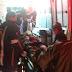 Moto colide em Carroça na BR 230 na entrada de Cajazeiras e dois homens saem feridos