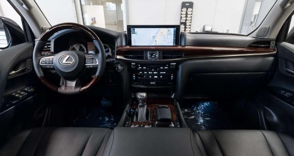 2016 Lexus LX570 8-speed Automatic Review
