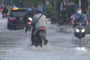 Diguyur Hujan Semalam,Jalan Sugio – Sukodadi Terendam Banjir