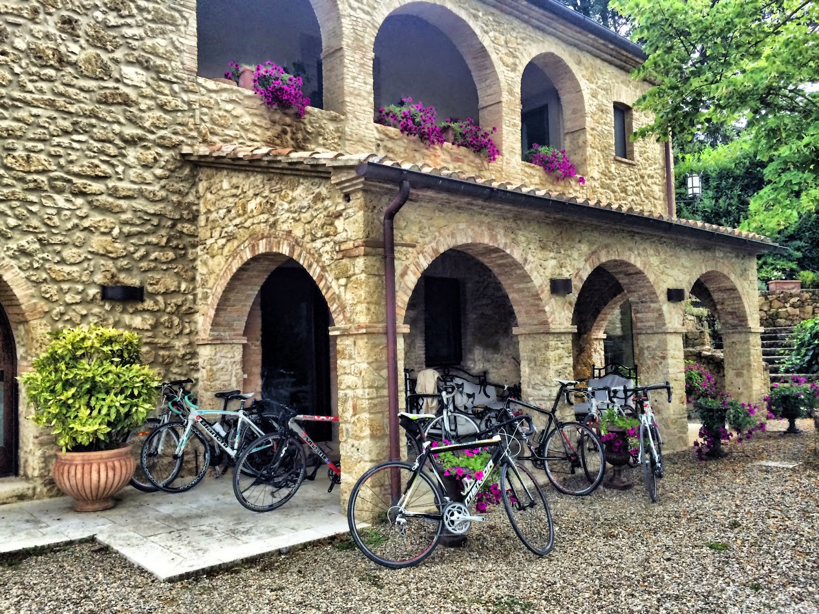 bicycle rental shop in sarteano siena