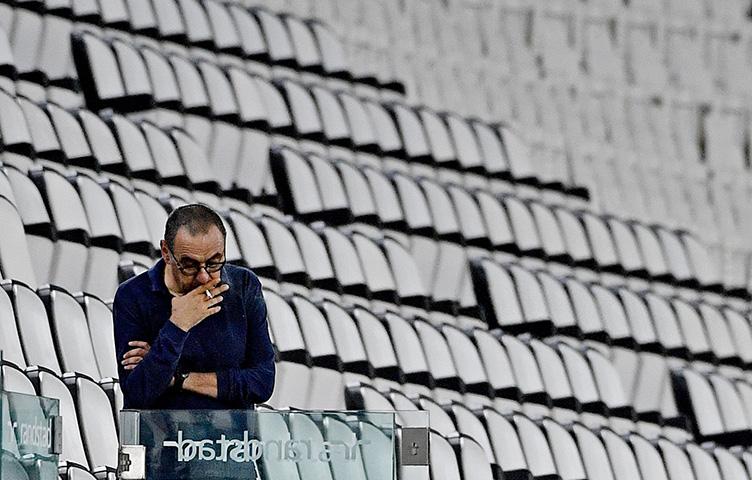 Maurizio Sarri je bivši trener Juventusa?
