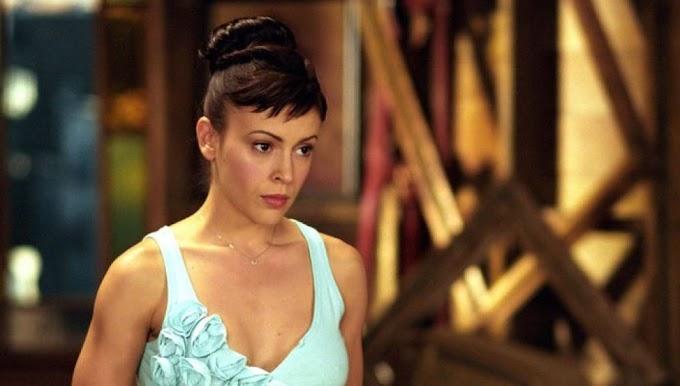 Alyssa MIlano enfadada con el reinicio de Embrujadas