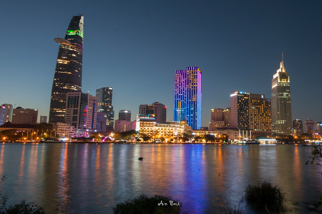 Ho Chi Minh unseen tour with local photographer