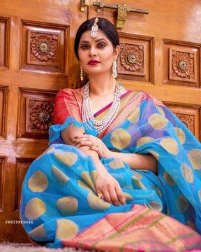 Aabha Paul (Hot Actress)