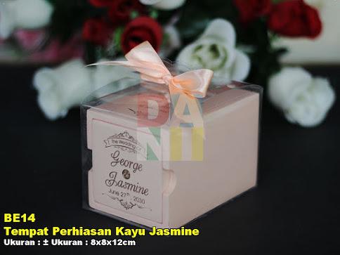 Tempat Perhiasan Kayu Jasmine