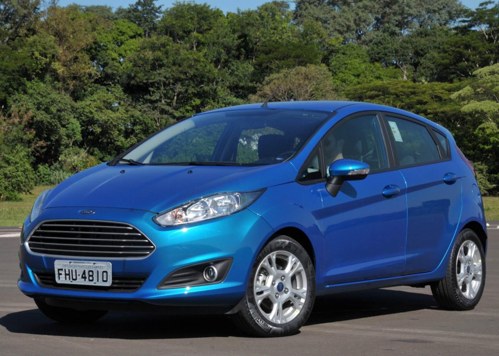 Ford New Fiesta: ruído e falhas nos freios causam colisões