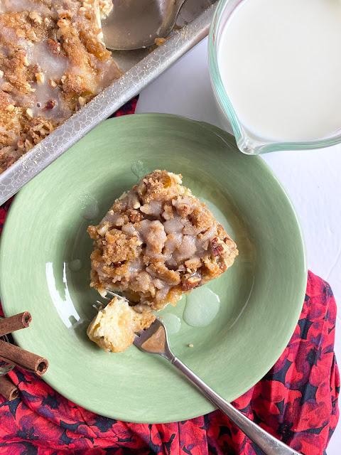 christmas morning croissant streusel bake