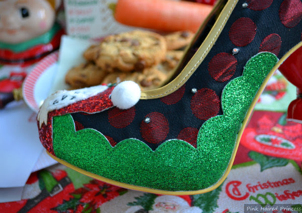 green glitter scalloped section on shoe