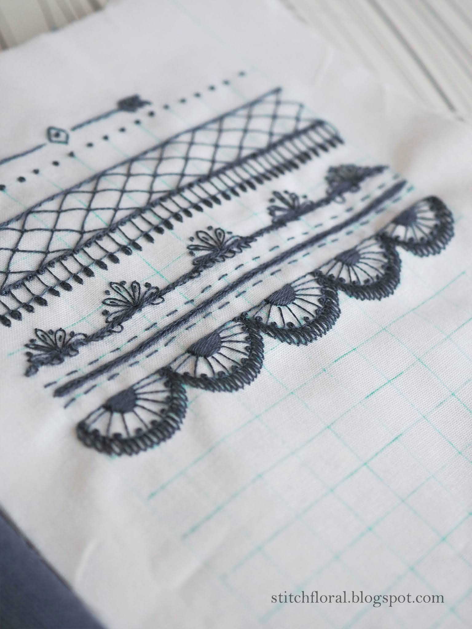 lace border embroidery
