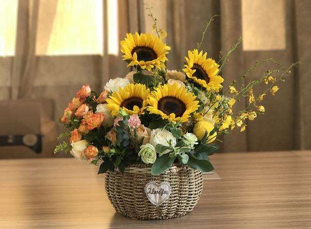 giỏ hoa tặng bạn gái 20/10 đẹp nhất