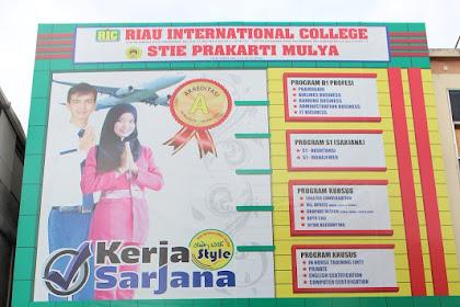 Lowongan Kerja Pekanbaru : Riau International College Maret 2017