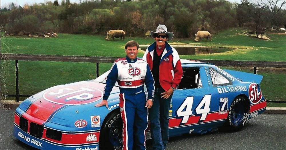 New 1993 Racing Champions 1:64 NASCAR Rick Wilson Petty STP Pontiac Grand Prix
