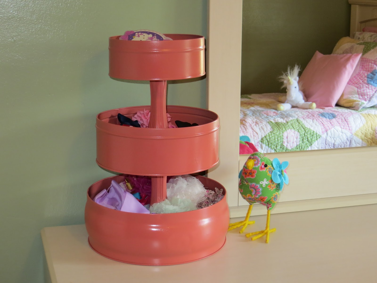 diy hair accessory organizer through the eyes of the mrs. Black Bedroom Furniture Sets. Home Design Ideas