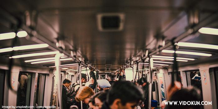 Macam Macam Modus Pencopetan di KRL Commuter Line